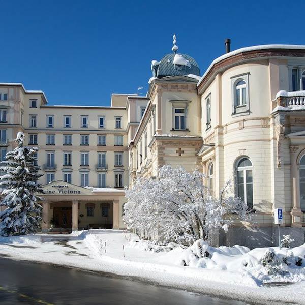 reine-victoria-hotel-aussen-winter