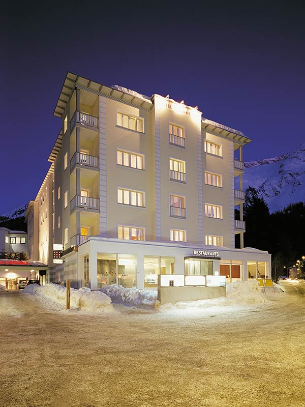 laudinella-hotel-aussen-winter-high