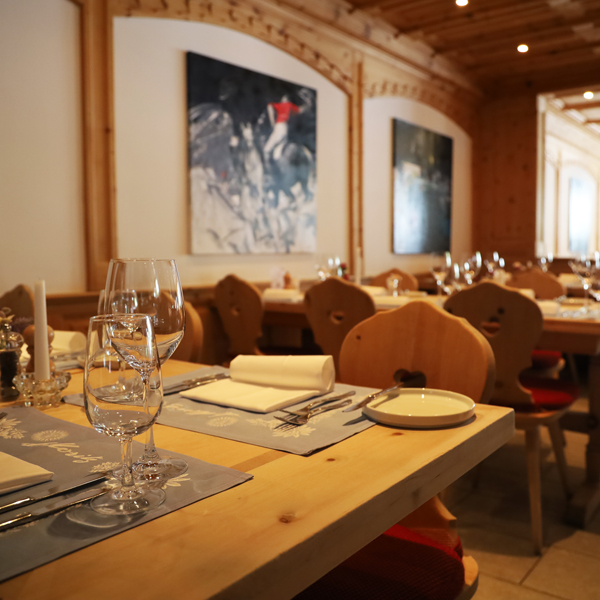 restaurant_corvatsch_tische